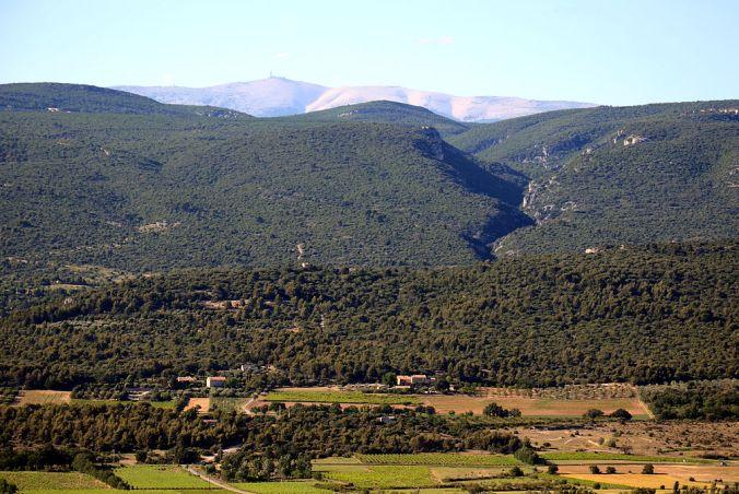vue-sur-le-mont-ventoux-roussillon-photo-bluebreezewiki