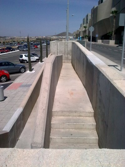Escalera de decoración para aparcamiento @ HUSL, Cartagena