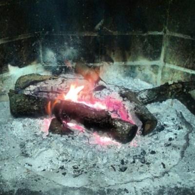 [13] calor de la chimenea para ultimar detalles