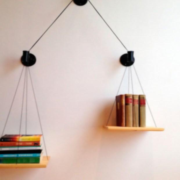 reutilizar-objetos-antiguos-balanza-libros