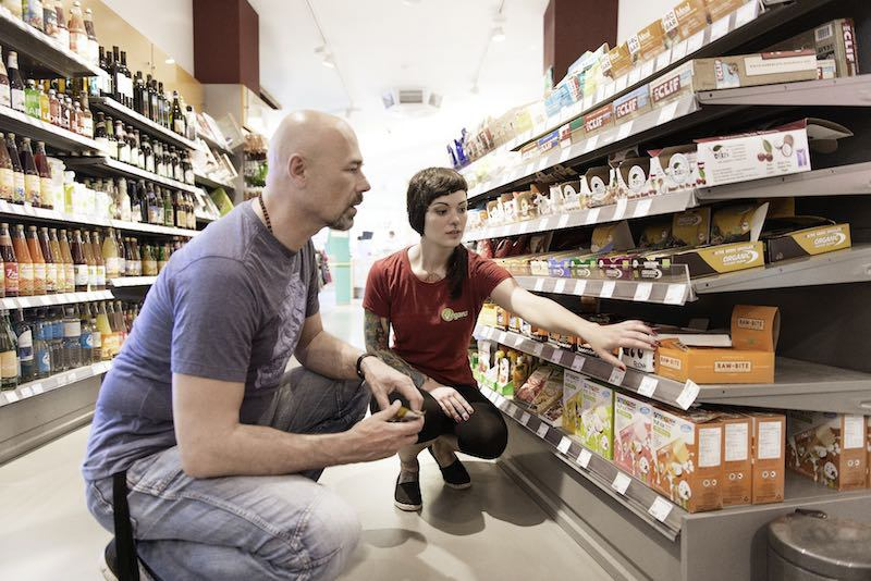 Conoce la primera cadena de supermercados 100% veganos