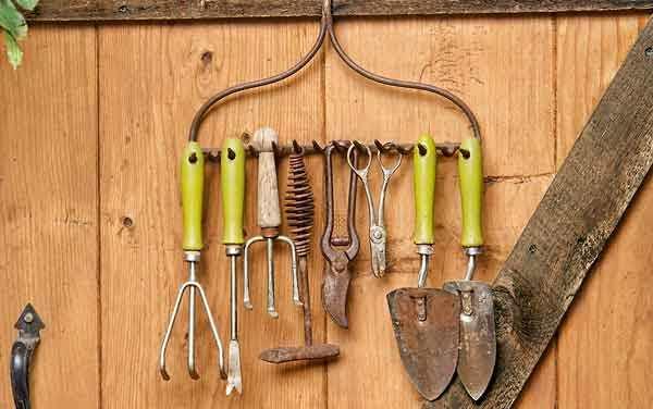 Manual PDF: Fabricación casera de herramientas e implementos para la huerta