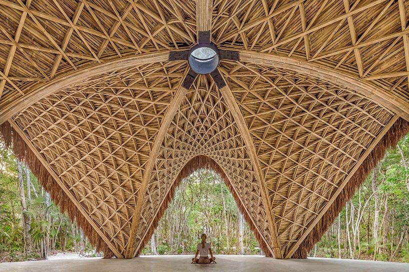 Arquitectos crean templo maya en bambú: ancestralidad y tecnología