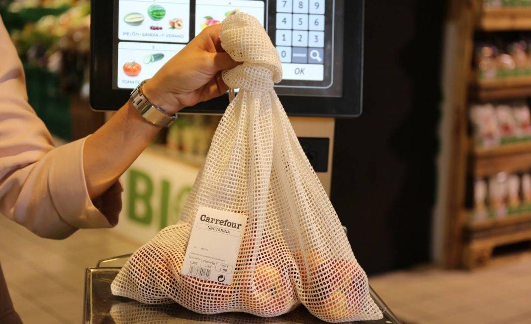 Carrefour en españa cambia bolsas de plástico por algodón
