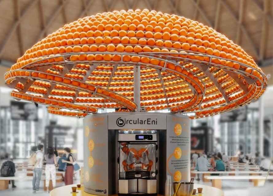 El innovador exprimidor de naranja que imprime en 3D vasos con las cáscaras sobrantes