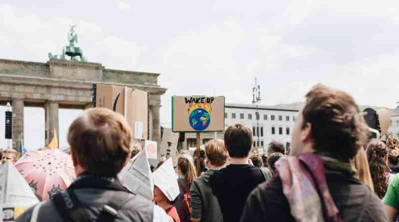 Miles de alemanes piden a gritos una agricultura ecológica en el país!