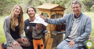, Padre e Hijo han aumentado la población mundial de abejas