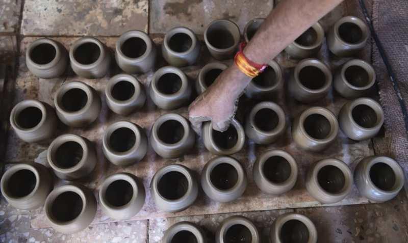 En la India se servirá el té en tazas de arcilla para reemplazar los vasos de plástico