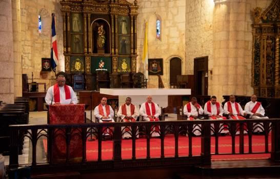 En el Sermón de las 7 Palabras, la Iglesia Catolica  pide perdón por los que haciendo uso de su poder quieren pisotear la Constitución.