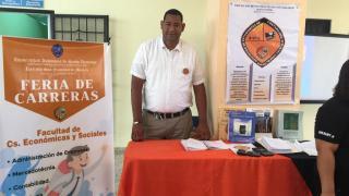 La Universidad Autónoma de Santo Domingo (UASD) Recinto San Francisco de Macorís realiza feria de carreras universitaria.