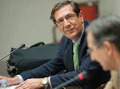 """Jurista advierte reforma para la reelección sería """"golpe de estado constitucional""""."""