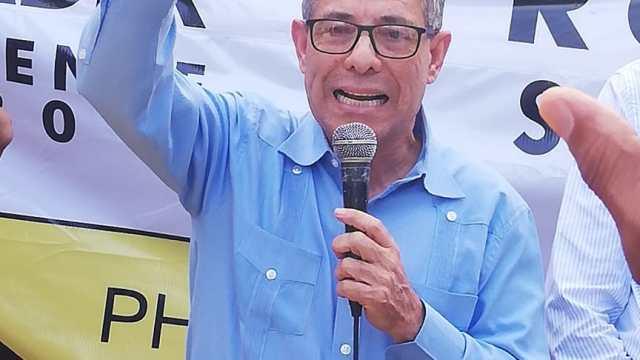 Con la presencia del Presidente y el Sec. Gral del PHD Juanito Rodriguez es proclamado Alcalde en el Municipio de las Guaranas, Prov. Duarte.