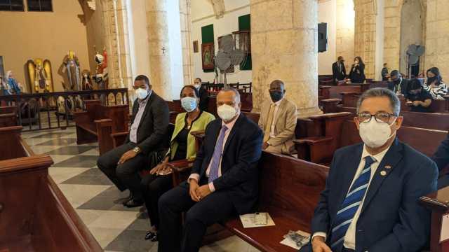 Una Amplia delegación del Partido Humanista participa de Eucaristía celebrada con motivo al 98 Aniversario de la JCE.