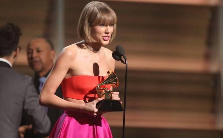 Taylor Swift Grammy 2016 por Eliane Figueirôa