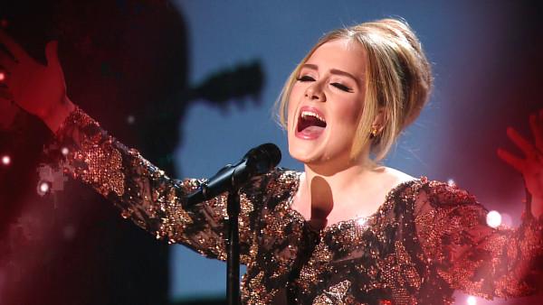Grammy Awards 2016 Adele performance por Eliane Figueirôa