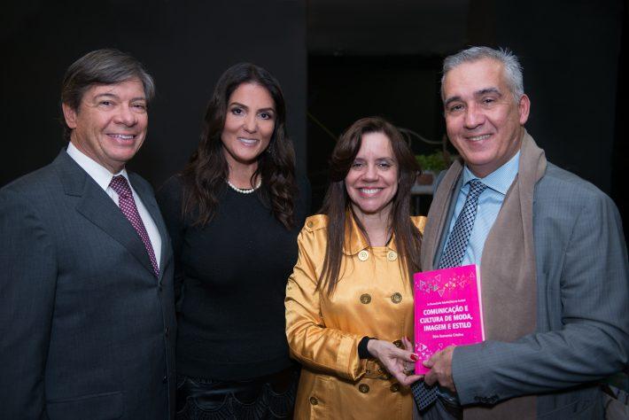 Me. Leila Rabello - Pós-Graduação e Prof. Carlos Stark - Pró-Reitor Administrativo da Belas Artes