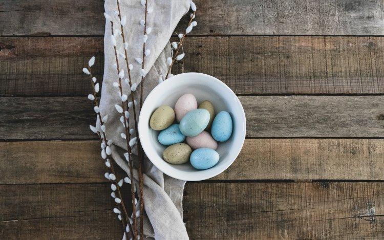 family eggs