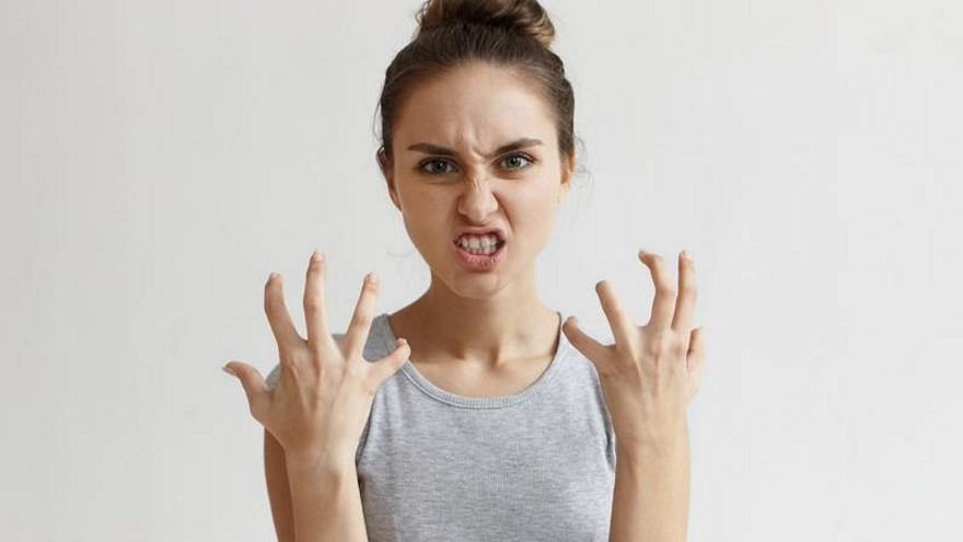 Agressividade- quando as consequências vão além da má impressão psicólogo Elidio Almeida terapia de casal em Salvador