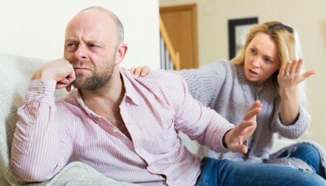 Algumas pessoas podem carregar consigo traumas de relações passadas. Reconhecer os sinais desses traumas é o ponto de partida para melhorar o relacionamento.