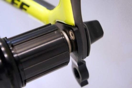 parlee-altum-disc-brake-road-bike03-600x399