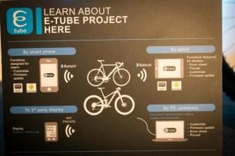 Shimano-XT-di2-electronic-shifting-drivetrain-mountain-bike-mtb-battery-wired-41-1-600x400