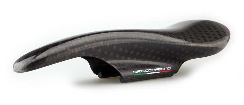 grigiocarbonio_carbon_saddle_prototype_1_800_dream_bikes