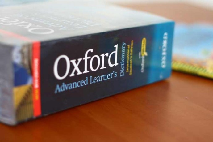 Cambridge advanced learner's dictionary là tài liệu gồm các định nghĩa rõ ràng và nổi bật giúp người dùng thực hiện thao tác tra cứu nhanh và dễ dàng nhất.