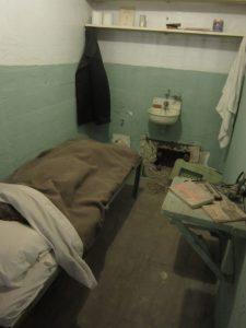 L'évadé d'Alcatraz, reconstitution de la cellule emblématique du film dans la prison d'Alcatraz à San Francisco.