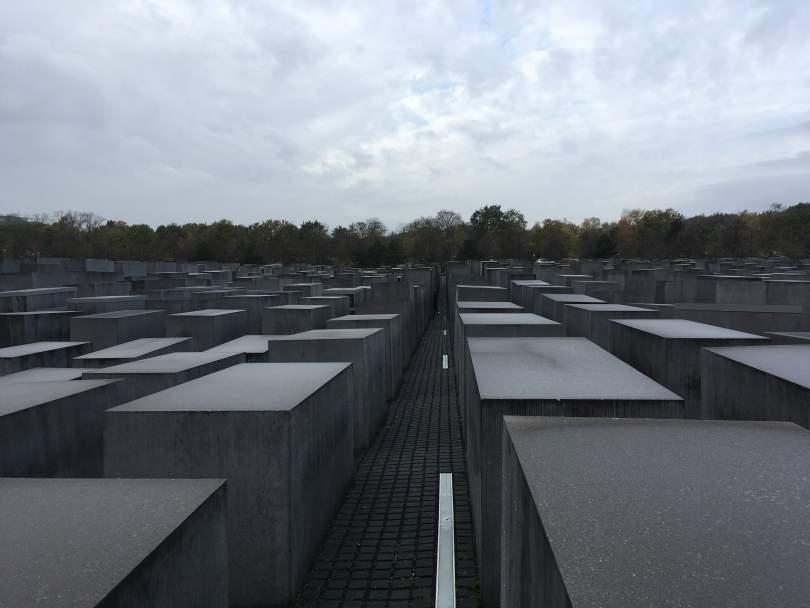 Holocaust_Manchmal