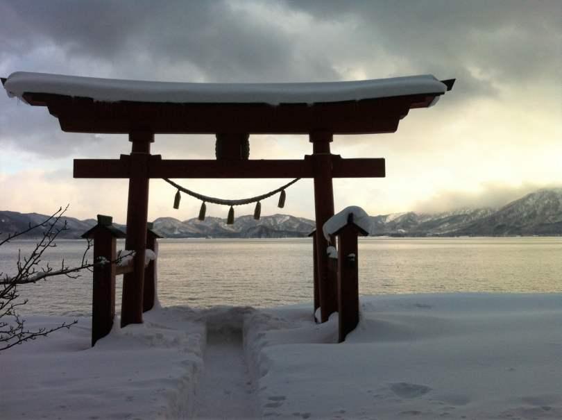 Alla volta del Giappone_il tempio nella neve