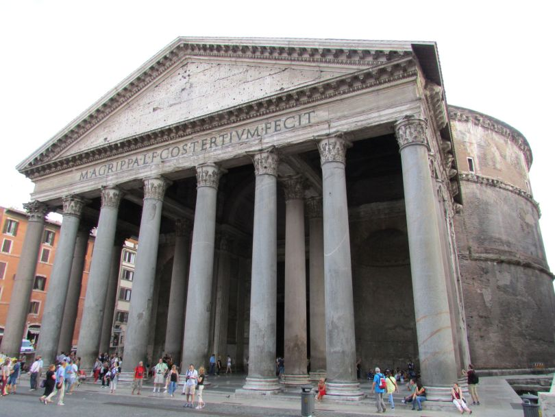 Pantheon_walk around Rome