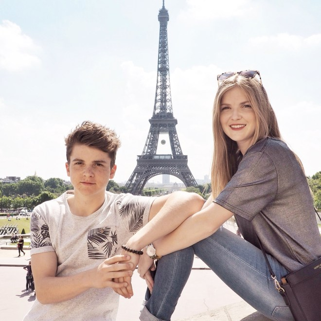 paris in pictures - brother and sister