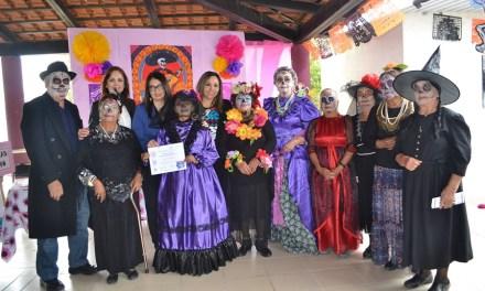 Adultos Mayores de San Francisco del Rincón realizaron pasarela de catrinas; galería de imágenes
