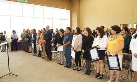Conmemoran Día de la Mujer en Congreso con reconocimientos