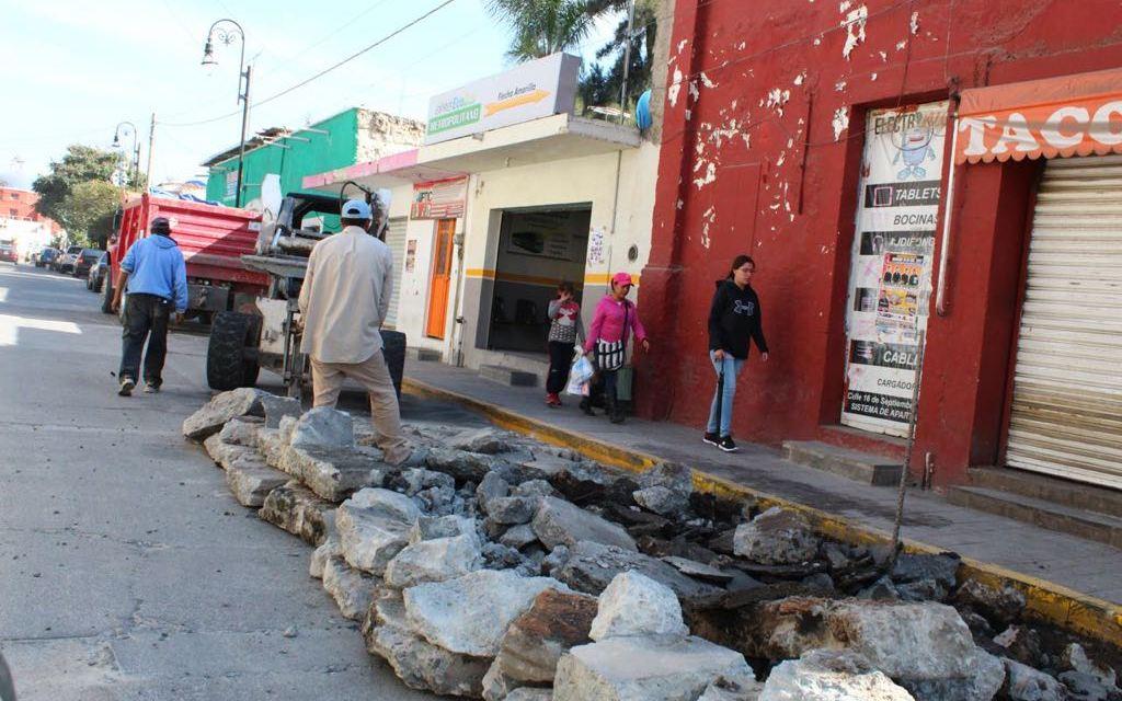 Inician obras de bacheo en Purísima del Rincón