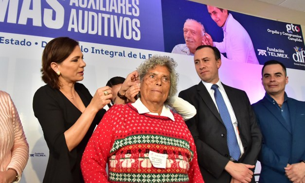Adultos mayores de San Francisco del Rincón recibieron aparatos auditivos