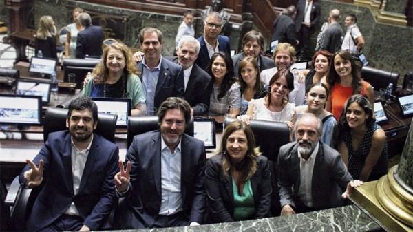 """El bloque de Diputados del Frente de Todos advirtió que a Horacio Rodríguez Larreta """"lo conducen los que no gobiernan"""""""