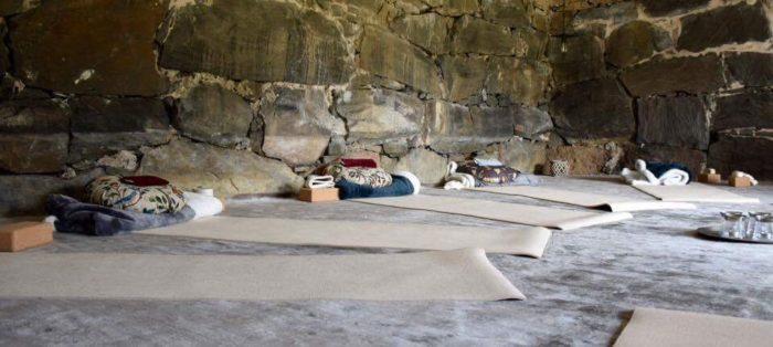 Yogarum på Sanda Gård