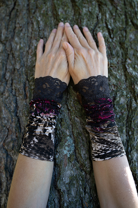 wrist warmers sophisticated brown lace
