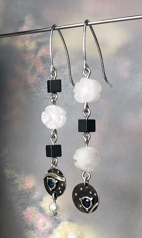Earrings Black and White