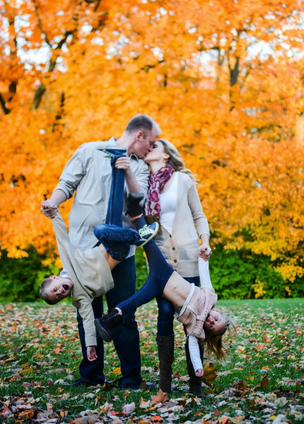 Fall Family Photoshoot Ideas/ Cincinnati | Elisabeth McKnight