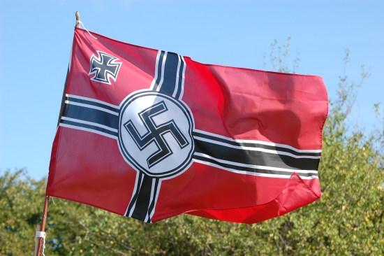 Hakkorsflagga Copyright: Sergeyussr/Dreamstime.com