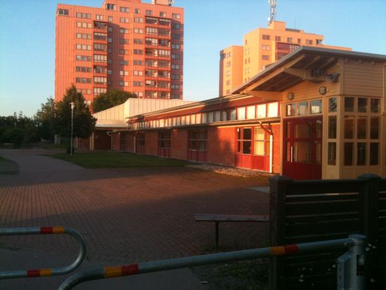 Här i stadsdelen Bäckby i Västerås drabbade två familjen samman i ett jättebråk som ledde till flera fall av grov misshandel. Foto: fpvasteras.se