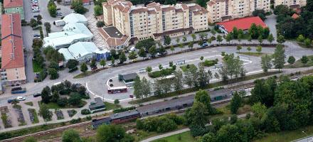 En 29-årig man mördas här i Barkarby norr om Stockholm den 15 september. Bild: trafikverket.se