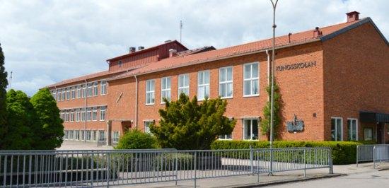 Det var här vid Kungsskolan som en flickan knivskar en annan flicka. Båda var under femton år. Bild: orkelljunga.se