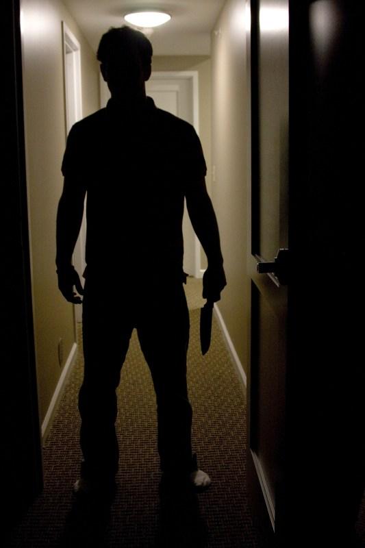 En man som hotar. Copyright: Dreamstime.com