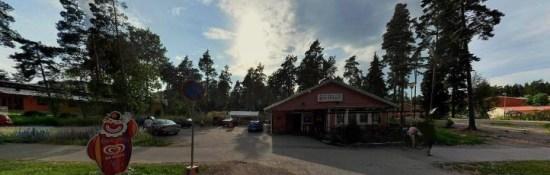 Här på Stenhagsvägen i Uppsala blev en man skjuten i båda benen. Bild: hitta.se