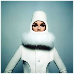 Pierre Cardin's cosmic collection inspired by Space Age