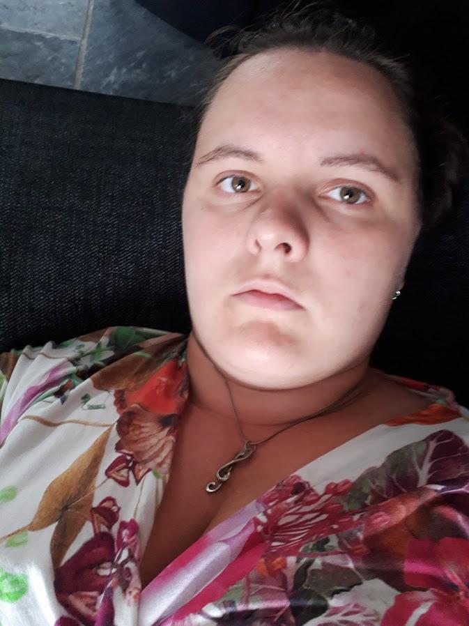 selfie - moe