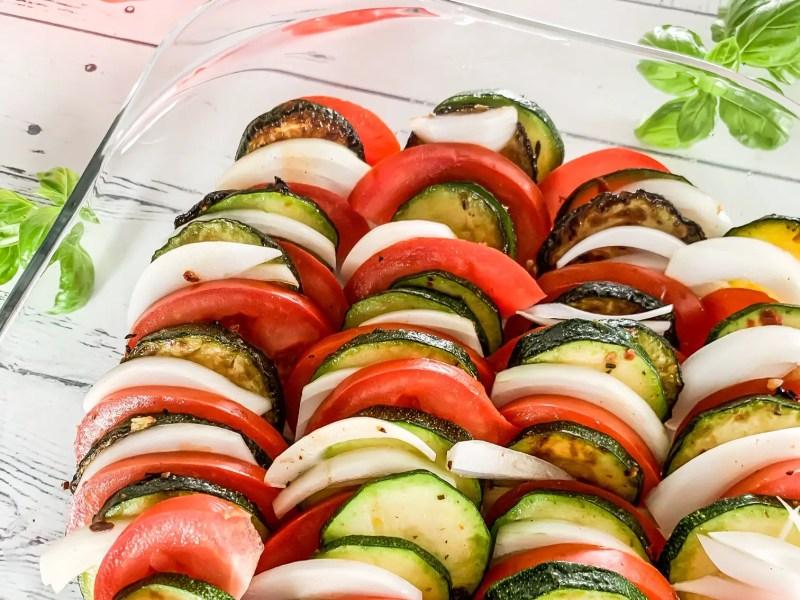 Schneller Tomate-Zucchini-Auflauf